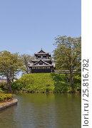 Купить «Реконструированная трехъярусная башня замка Такада, г. Дзёэцу, Япония», фото № 25816782, снято 4 августа 2016 г. (c) Иван Марчук / Фотобанк Лори