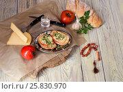 Горячие бутерброды для завтрака. Стоковое фото, фотограф Татьяна Ляпи / Фотобанк Лори