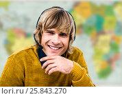 Купить «Travel agent in headset against blurry map», фото № 25843270, снято 16 сентября 2019 г. (c) Wavebreak Media / Фотобанк Лори