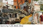 Купить «Hang Nga Guesthouse Crazy House, design Interior and Exterior landmark architecture Odd House», видеоролик № 25860302, снято 1 октября 2016 г. (c) Mikhail Davidovich / Фотобанк Лори