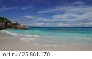 Купить «african island beach in indian ocean», видеоролик № 25861170, снято 12 февраля 2017 г. (c) Syda Productions / Фотобанк Лори