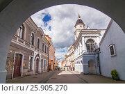 Купить «Ausros gate (gate of dawn) with basilica of Madonna Ostrobramska in Vilnius, Lithuania», фото № 25905270, снято 6 декабря 2019 г. (c) BE&W Photo / Фотобанк Лори