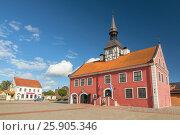 Купить «Old Bauska Town Hall, Latvia», фото № 25905346, снято 20 апреля 2019 г. (c) BE&W Photo / Фотобанк Лори