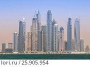 Купить «Panorama of modern skyscrapers Dubai Marina from the Palm Jumeirah Island, United Arab Emirates», фото № 25905954, снято 23 июля 2018 г. (c) BE&W Photo / Фотобанк Лори
