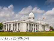 Colombo city town hall building, the headquarters of Colombo municipal council and other municipal offices in Colombo, Sri Lanka. Редакционное фото, агентство BE&W Photo / Фотобанк Лори