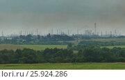 Купить «Emissions of metallurgical and chemical plants», видеоролик № 25924286, снято 16 марта 2017 г. (c) Михаил Коханчиков / Фотобанк Лори