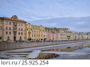 Набережная реки Фонтанки в Санкт-Петербурге (2016 год). Стоковое фото, фотограф Ксения Ларкина / Фотобанк Лори