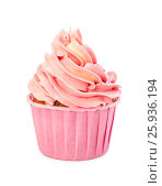 Купить «Delicious strawberry cupcake with pink cream», фото № 25936194, снято 7 апреля 2017 г. (c) Наталия Пыжова / Фотобанк Лори