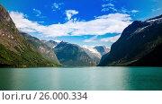 Купить «lovatnet lake Beautiful Nature Norway timelapse.», видеоролик № 26000334, снято 30 марта 2017 г. (c) Андрей Армягов / Фотобанк Лори