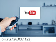 Купить «RUSSIA, Tyumen - January 08, 2017: YouTube app on smart TV. YouT», фото № 26037122, снято 8 января 2017 г. (c) Евгений Глазунов / Фотобанк Лори