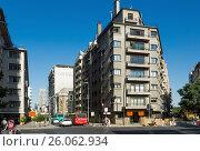 Central street av. Libertador Higgins in Santiago, Chile (2017 год). Редакционное фото, фотограф Яков Филимонов / Фотобанк Лори