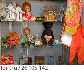 Купить «Игрушки эпохи СССР», фото № 26105142, снято 27 апреля 2017 г. (c) Evgenii Mitroshin / Фотобанк Лори