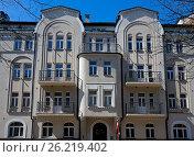 Купить «Riga, Rupniecibas 11, apartment house in Art Nouveau style», фото № 26219402, снято 4 мая 2017 г. (c) Andrejs Vareniks / Фотобанк Лори