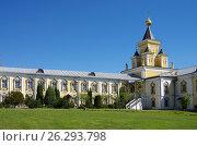 Купить «Николо-Угрешский монастырь в Дзержинском, Россия», фото № 26293798, снято 15 мая 2017 г. (c) Natalya Sidorova / Фотобанк Лори