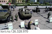 Выставка-экспозиция военной техники в Пензе 19 мая 2017 года. Редакционное фото, фотограф Vipinfo / Фотобанк Лори