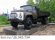 Купить «Автомобиль ЗИЛ-130», фото № 26343734, снято 19 января 2019 г. (c) Сергей Юрьев / Фотобанк Лори