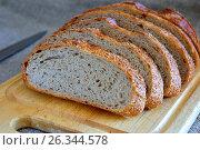 Нарезанный хлеб. Стоковое фото, фотограф Александр Палехов / Фотобанк Лори
