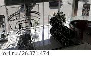 Купить «Автосалон по продаже автомобилей Тойота», видеоролик № 26371474, снято 21 ноября 2018 г. (c) Евгений Ткачёв / Фотобанк Лори