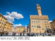 Площадь Синьории и здание ратуши Palazzo Vecchio во Флоренции. Весенний день. Редакционное фото, фотограф Сергей Цепек / Фотобанк Лори