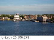 Купить «Нидерланды. Роттердам», эксклюзивное фото № 26506278, снято 31 мая 2017 г. (c) Михаил Ворожцов / Фотобанк Лори