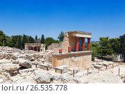 Купить «Кносский дворец на Крите, Ираклион, Греция», фото № 26535778, снято 5 июня 2017 г. (c) Наталья Волкова / Фотобанк Лори