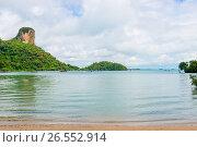 Купить «A picturesque bay overlooking the horizon in Thailand», фото № 26552914, снято 6 ноября 2016 г. (c) Константин Лабунский / Фотобанк Лори