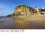 Купить «Atlantic Ocean coast, Azenhas do Mar village, Sintra, Lisbon, Portugal», фото № 26562170, снято 8 июня 2017 г. (c) Знаменский Олег / Фотобанк Лори