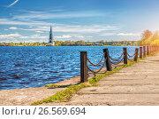 Купить «Калязин. Затопленная колокольня. The Flooded Belltower in Kalyazin», фото № 26569694, снято 7 мая 2017 г. (c) Baturina Yuliya / Фотобанк Лори