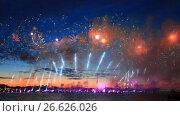 """Купить «Санкт-Петербург. """"Алые паруса 2017"""". Фейерверк», эксклюзивный видеоролик № 26626026, снято 24 июня 2017 г. (c) Литвяк Игорь / Фотобанк Лори"""