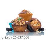 Купить «sweet muffins with berries inside», фото № 26637506, снято 7 июля 2017 г. (c) Peredniankina / Фотобанк Лори