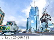 Купить «Казахстан. Астана. Строительство новых высотных зданий», фото № 26666198, снято 10 июня 2017 г. (c) Сергеев Валерий / Фотобанк Лори