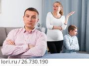 Купить «Family members arguing», фото № 26730190, снято 28 марта 2017 г. (c) Яков Филимонов / Фотобанк Лори