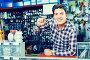 worker in hardware store trading goods and keys in uniform, фото № 26767346, снято 4 мая 2017 г. (c) Яков Филимонов / Фотобанк Лори