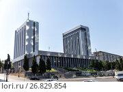 Baku, Azerbaijan - September 23, 2015: Building of the National Assembly of Azerbaijan, фото № 26829854, снято 23 сентября 2015 г. (c) Евгений Ткачёв / Фотобанк Лори