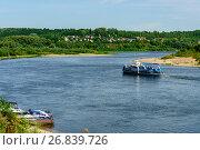 Купить «Калужская область, город Таруса, река Ока», фото № 26839726, снято 25 июля 2016 г. (c) glokaya_kuzdra / Фотобанк Лори
