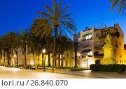 Купить «Evening view of Rambla street at Badalona», фото № 26840070, снято 15 августа 2018 г. (c) Яков Филимонов / Фотобанк Лори