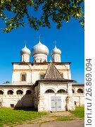 Купить «Знаменский собор, Великий Новгород, Россия», фото № 26869094, снято 15 июня 2017 г. (c) Зезелина Марина / Фотобанк Лори