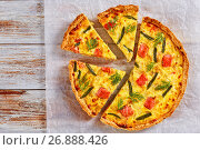 french quiche with red fish, green bean and cheese. Стоковое фото, фотограф Oksana Zh / Фотобанк Лори