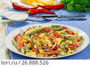 Sauteed Green Beans with corn, close-up. Стоковое фото, фотограф Oksana Zh / Фотобанк Лори