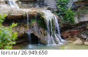 Купить «El Torrent de la Cabana small mountain stream with crystal clear water», видеоролик № 26949650, снято 16 мая 2017 г. (c) Яков Филимонов / Фотобанк Лори