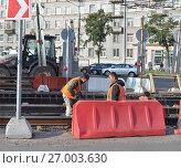 Ремонт (замена) трамвайных путей (2012 год). Редакционное фото, фотограф Татьяна Чепикова / Фотобанк Лори