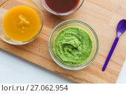 Купить «vegetable puree or baby food in glass bowls», фото № 27062954, снято 21 февраля 2017 г. (c) Syda Productions / Фотобанк Лори
