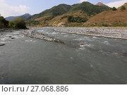 Купить «Река Арагви», фото № 27068886, снято 20 сентября 2017 г. (c) Яна Королёва / Фотобанк Лори