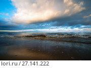 Купить «Clouds over the lake at sunset», фото № 27141222, снято 21 октября 2017 г. (c) Алексей Маринченко / Фотобанк Лори