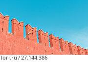Купить «Kremlin wall at summer sunny day on the blue sky background», фото № 27144386, снято 13 июля 2020 г. (c) Николай Чутчиков / Фотобанк Лори