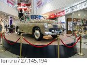 """Купить «Retro car GAZ-M-20B """"Victory"""" of the 1949 issue», фото № 27145194, снято 11 февраля 2017 г. (c) Евгений Ткачёв / Фотобанк Лори"""