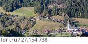 Альпийская деревня Санкт Маргаретен (St. Margarethen) в муниципалитете Райхенау. Каринтия, Австрия (2017 год). Стоковое фото, фотограф Bala-Kate / Фотобанк Лори