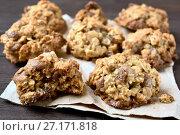 Купить «Oats cookies, close up view», фото № 27171818, снято 29 сентября 2017 г. (c) Татьяна Волгутова / Фотобанк Лори