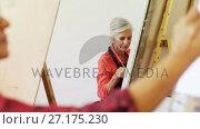 Купить «Artist drawing on canvas 4k», видеоролик № 27175230, снято 5 апреля 2020 г. (c) Wavebreak Media / Фотобанк Лори