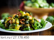 Купить «Brussels sprouts fried with beans close-up», фото № 27178450, снято 6 ноября 2017 г. (c) Peredniankina / Фотобанк Лори